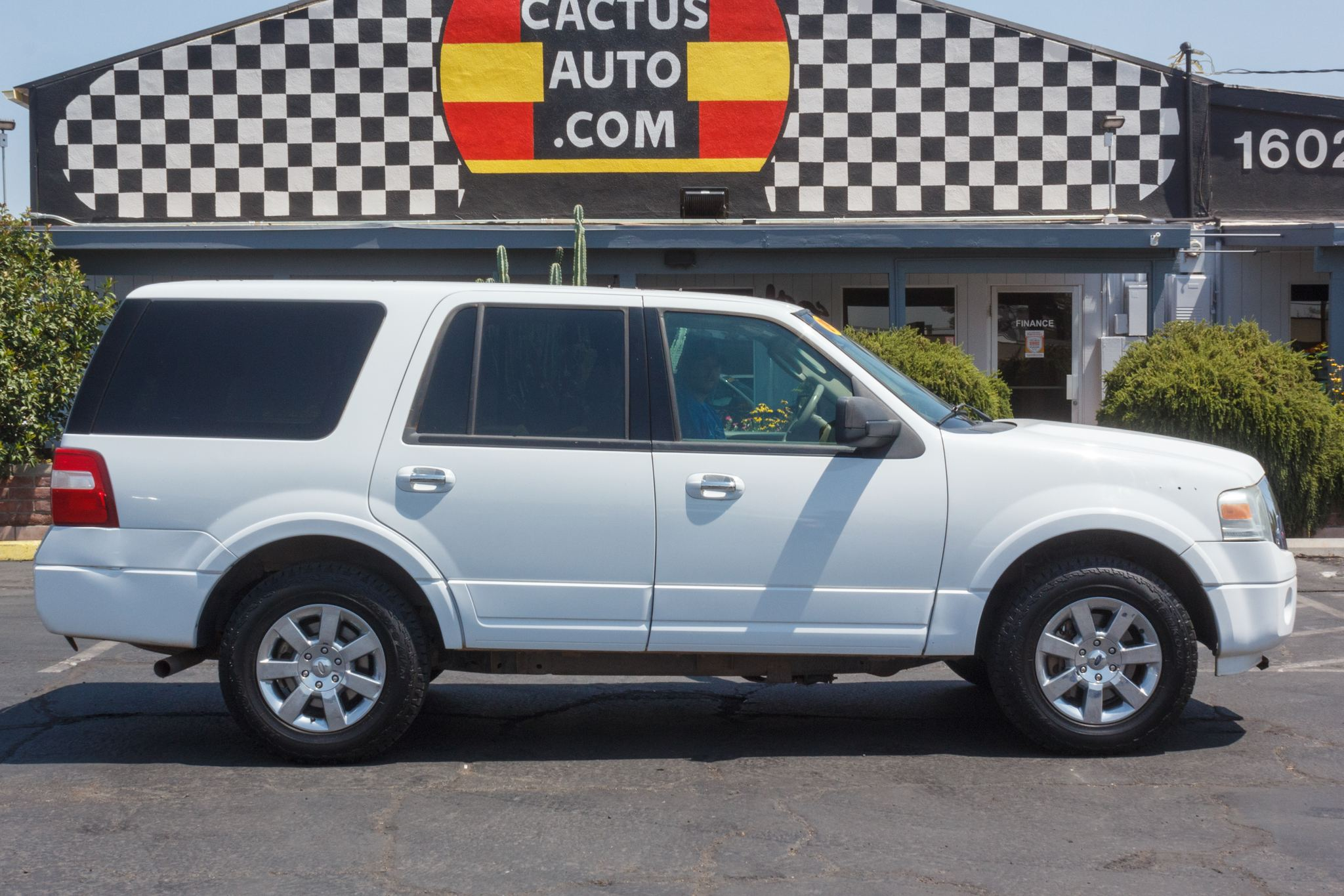 Photo of 2009 Ford Expedition 4d SUV 4WD XLT
