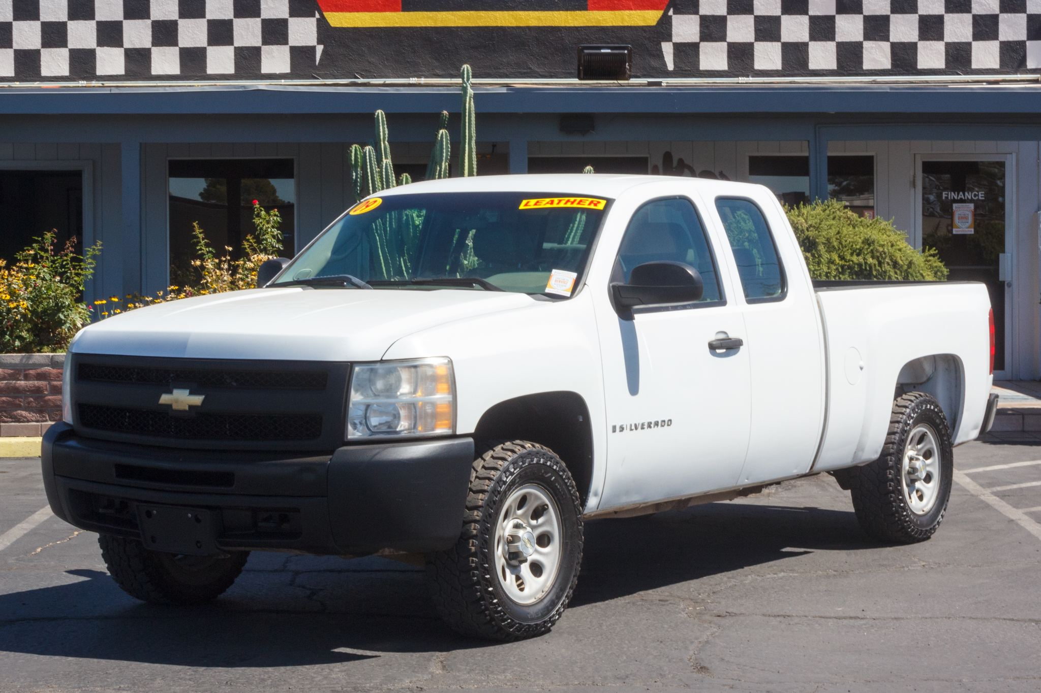 Photo of 2009 Chevrolet Silverado 1500 4WD Ext Cab Work Truck Shortbed