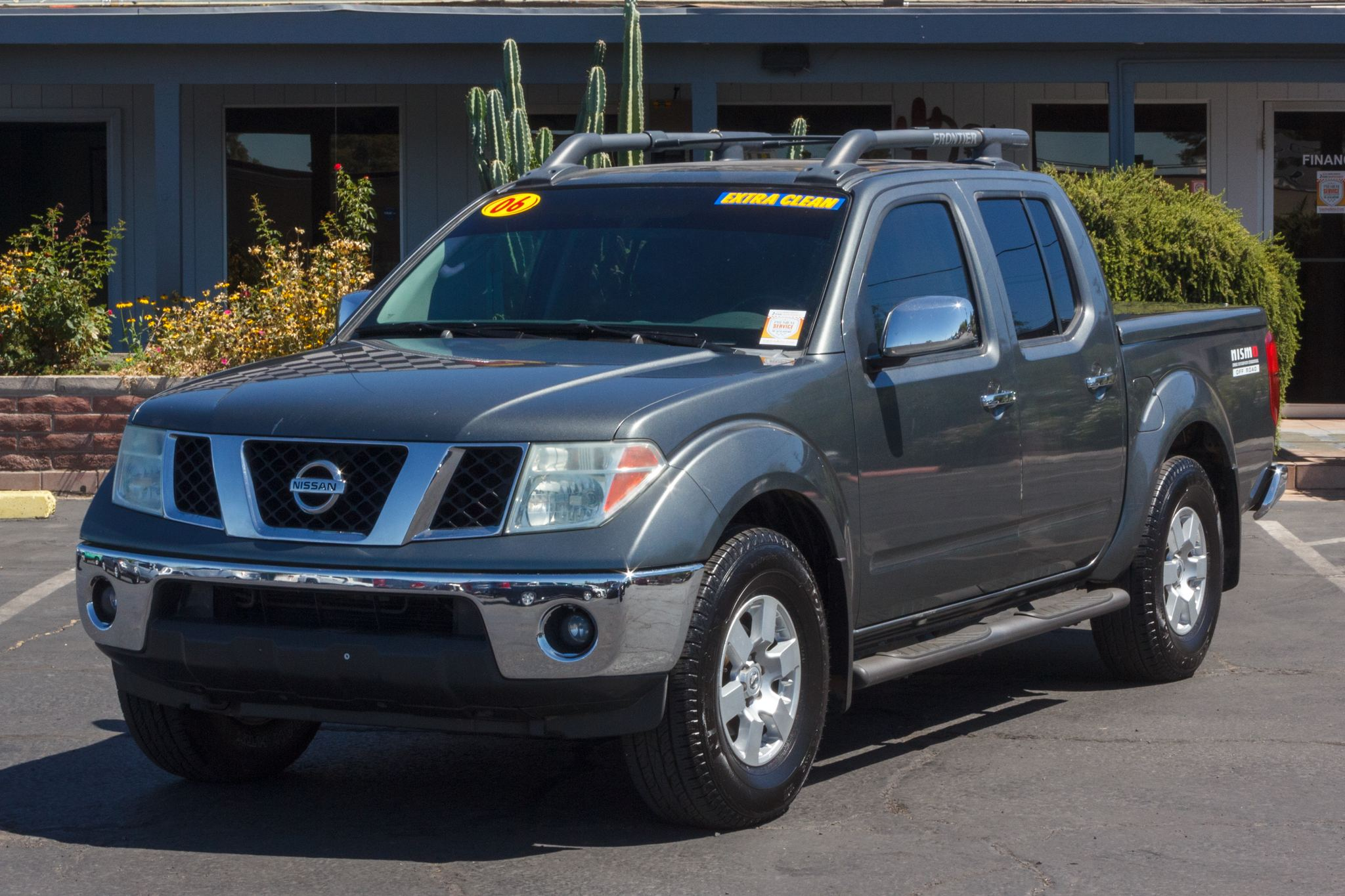 Photo of 2006 Nissan Frontier 4WD Crew Cab Nismo