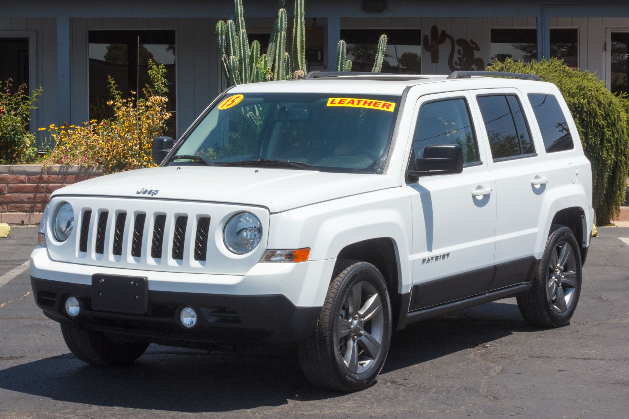 Photo of 2015 Jeep Patriot 4d SUV FWD High Altitude