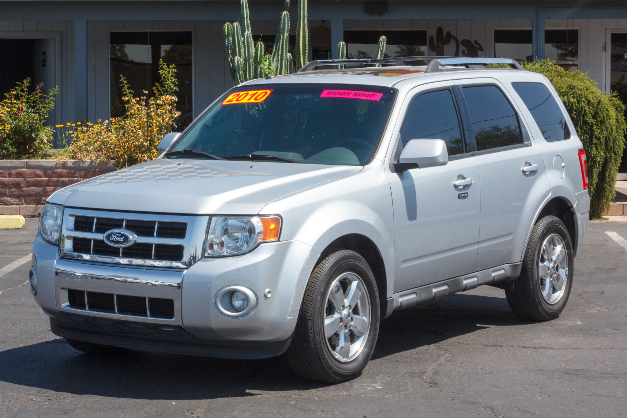 Photo of 2010 Ford Escape 4d SUV FWD Limited