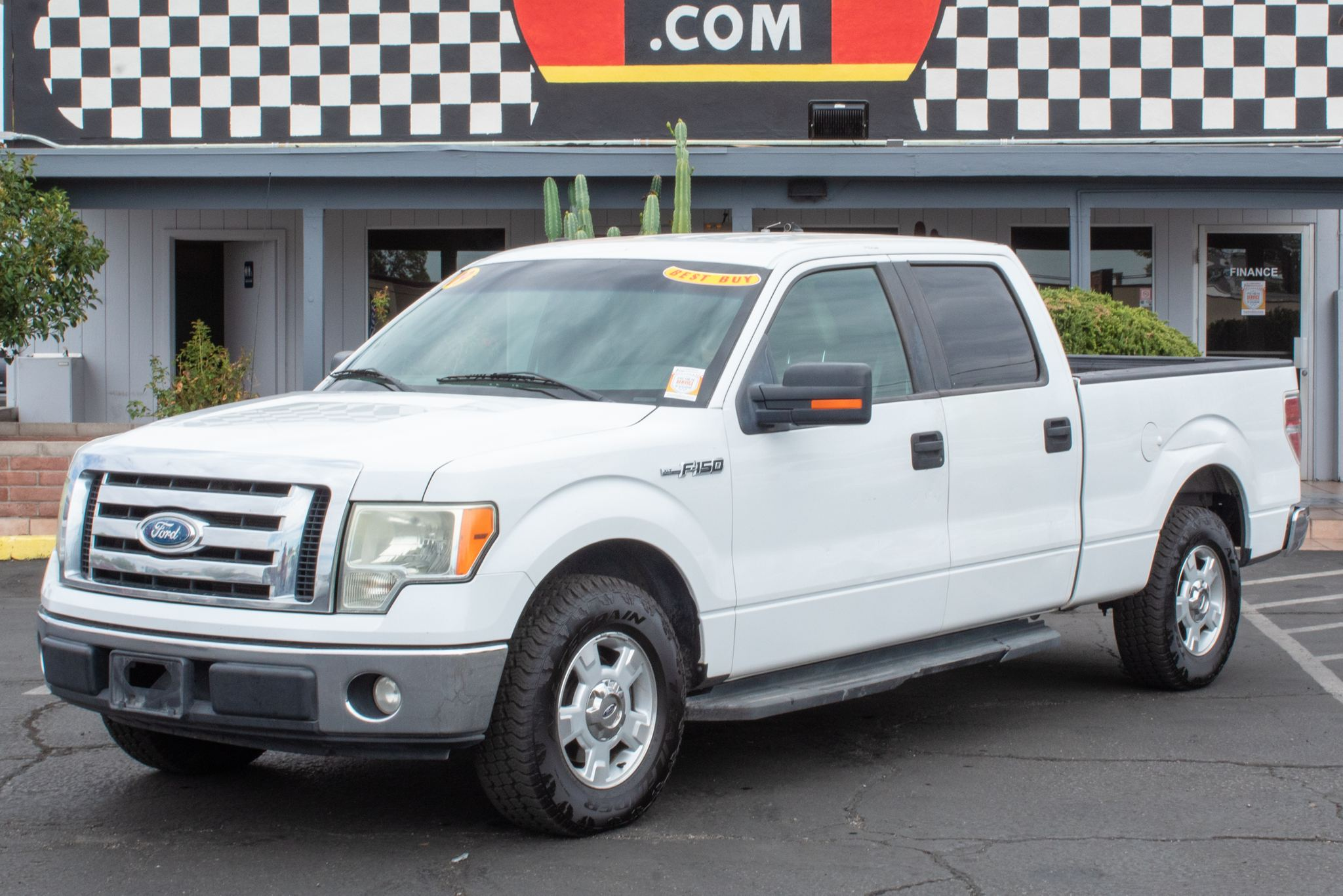 Photo of 2009 Ford F150 2WD Supercrew XLT 6 1/2