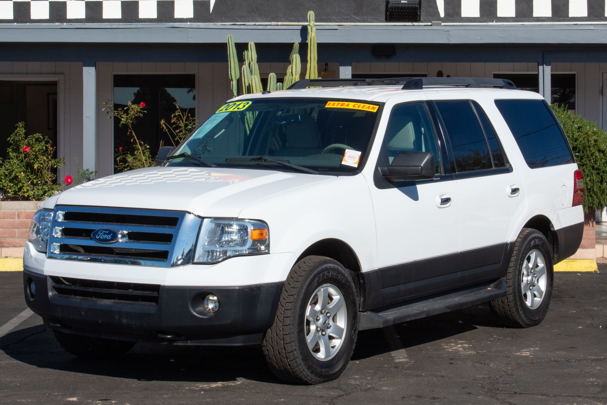 Photo of 2013 Ford Expedition 4d SUV 4WD XLT