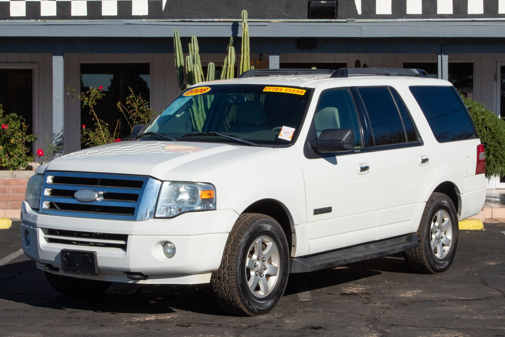 Photo of 2008 Ford Expedition 4d SUV 4WD XLT