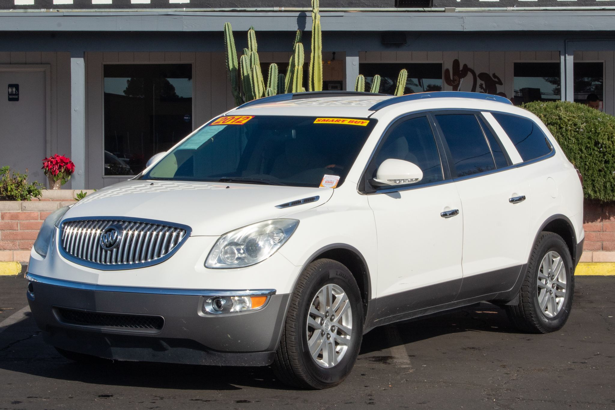 Photo of 2012 Buick Enclave 4d SUV FWD Convenience