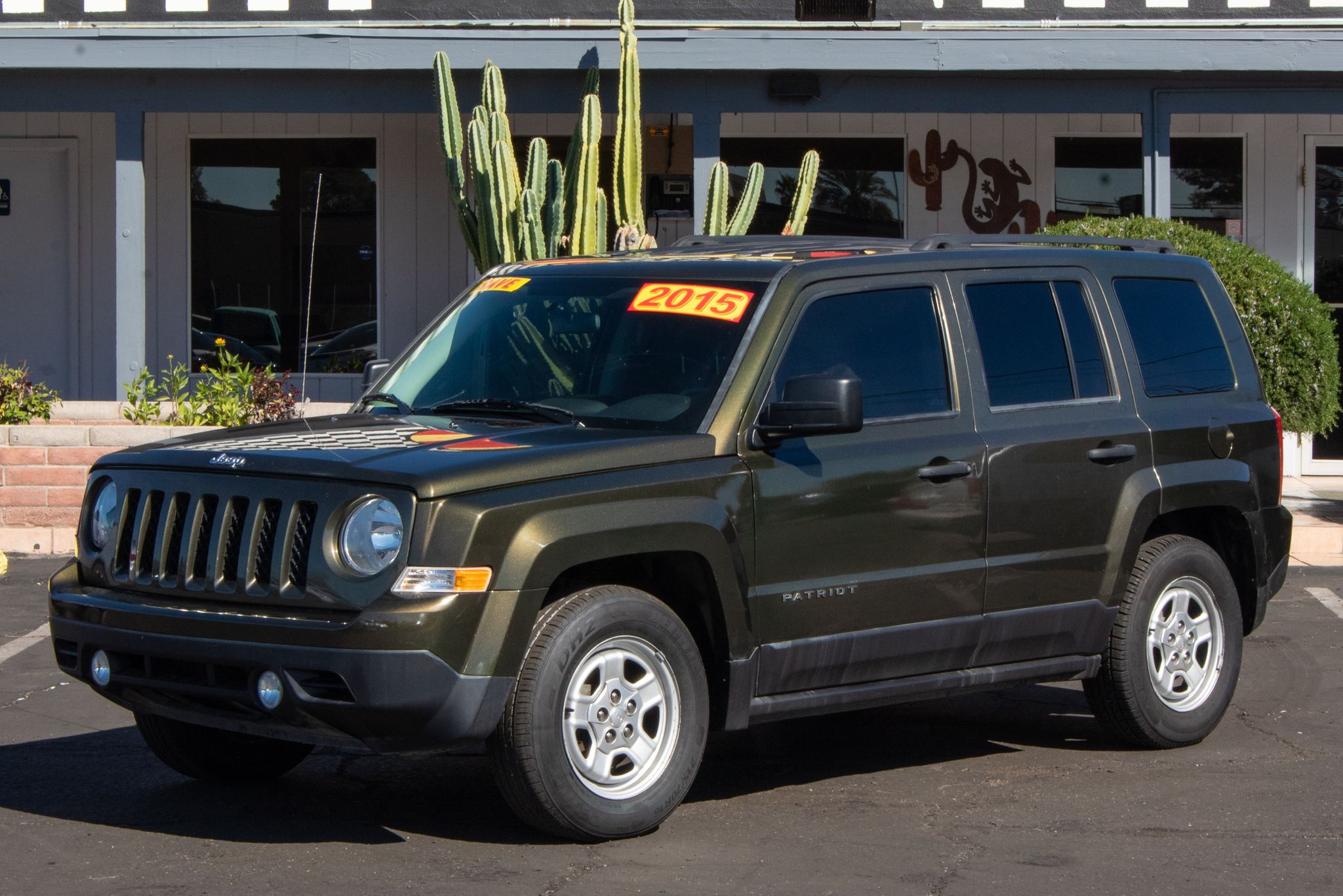 Photo of 2015 Jeep Patriot 4d SUV FWD Sport