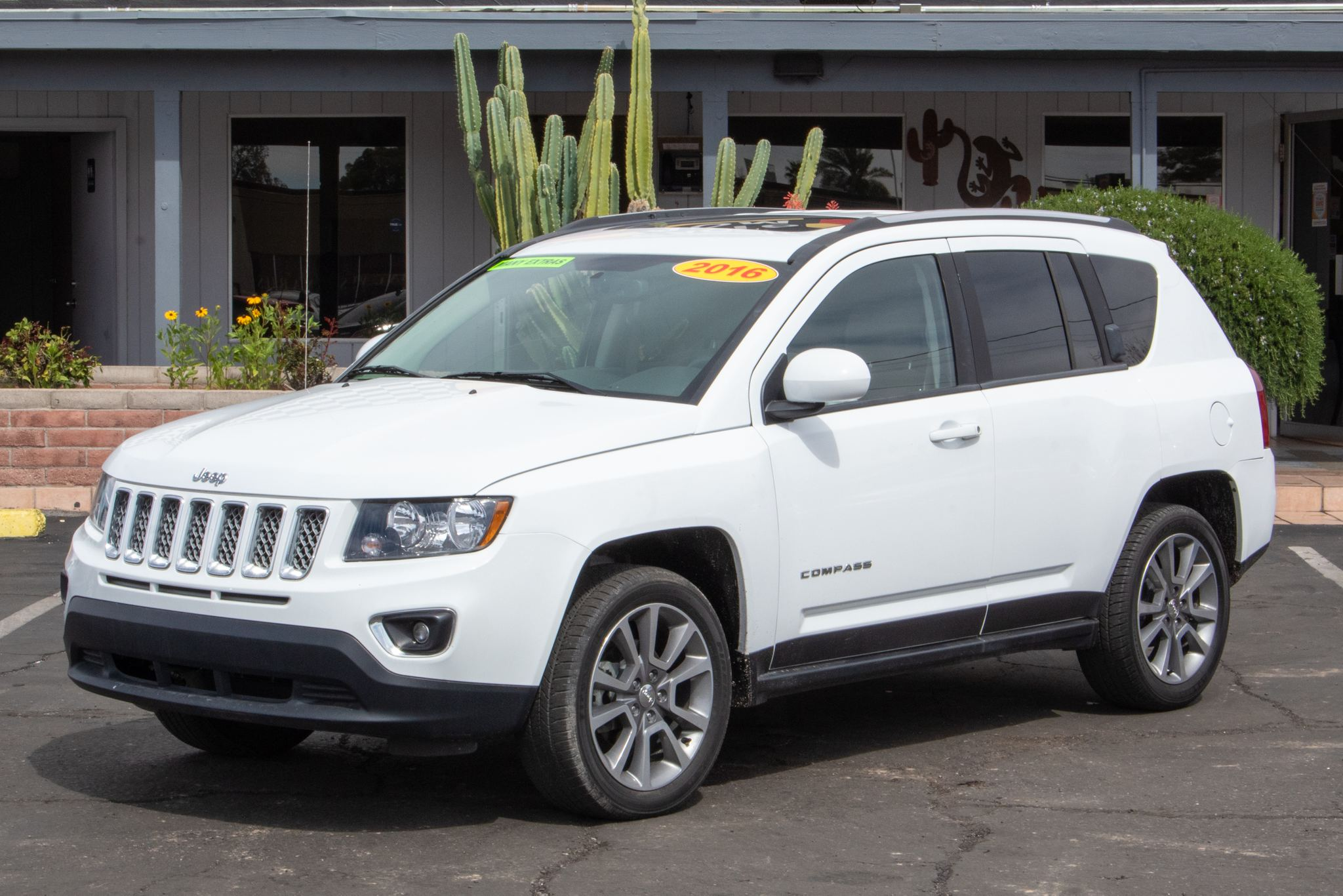 Photo of 2016 Jeep Compass 4d SUV FWD High Altitude