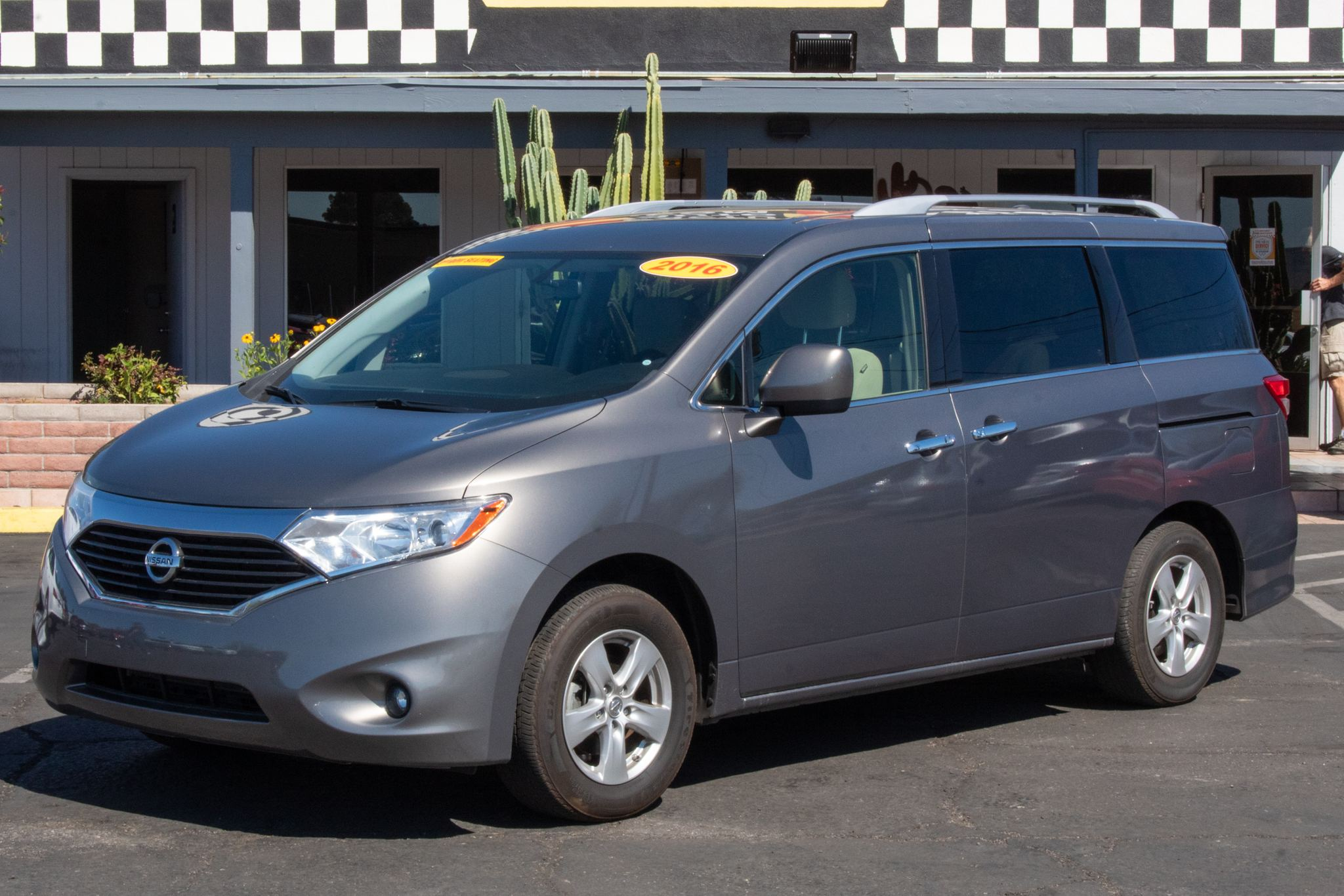 Photo of 2016 Nissan Quest 4d Wagon SL