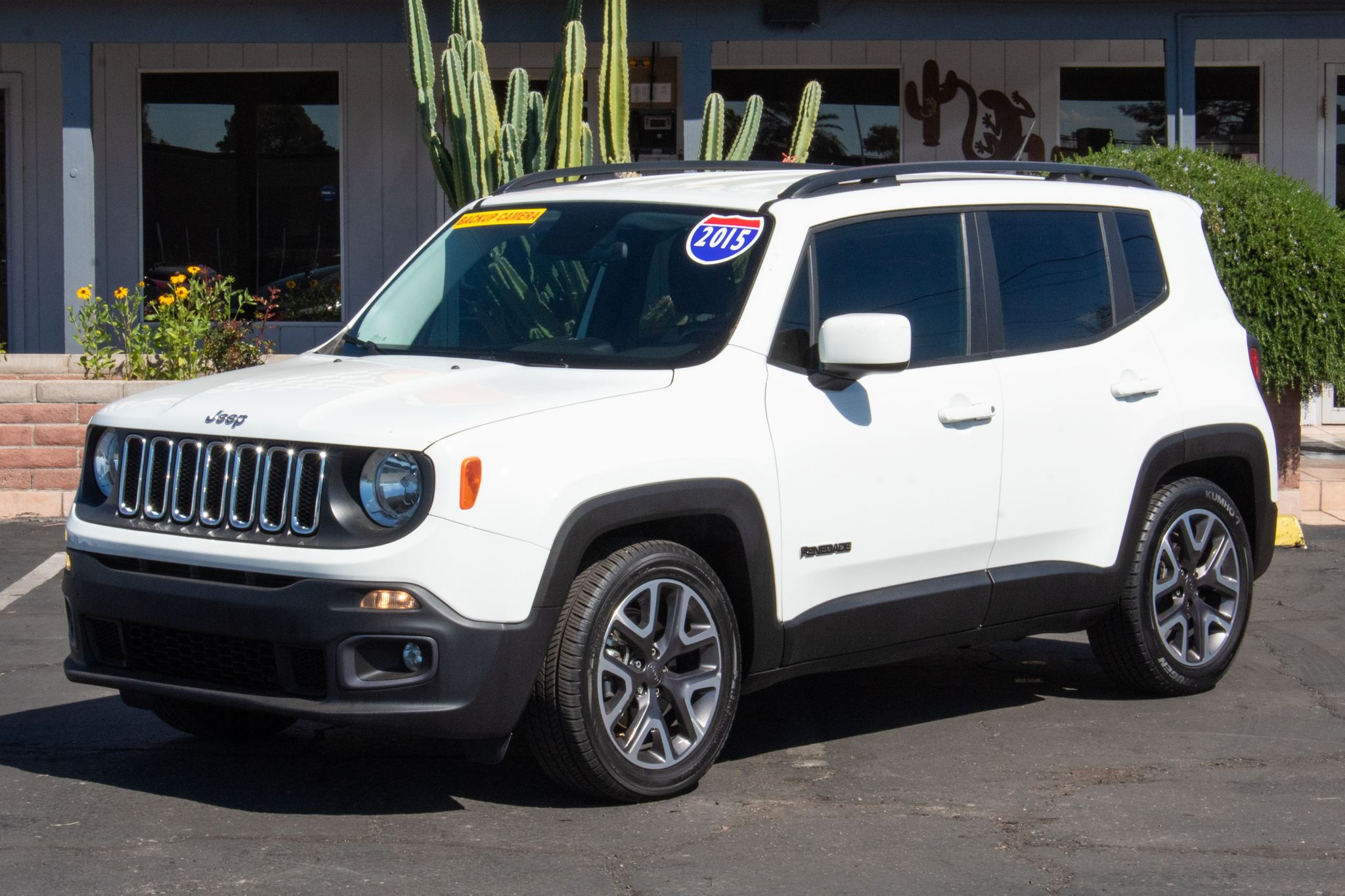 Photo of 2015 Jeep Renegade 4d SUV FWD Latitude