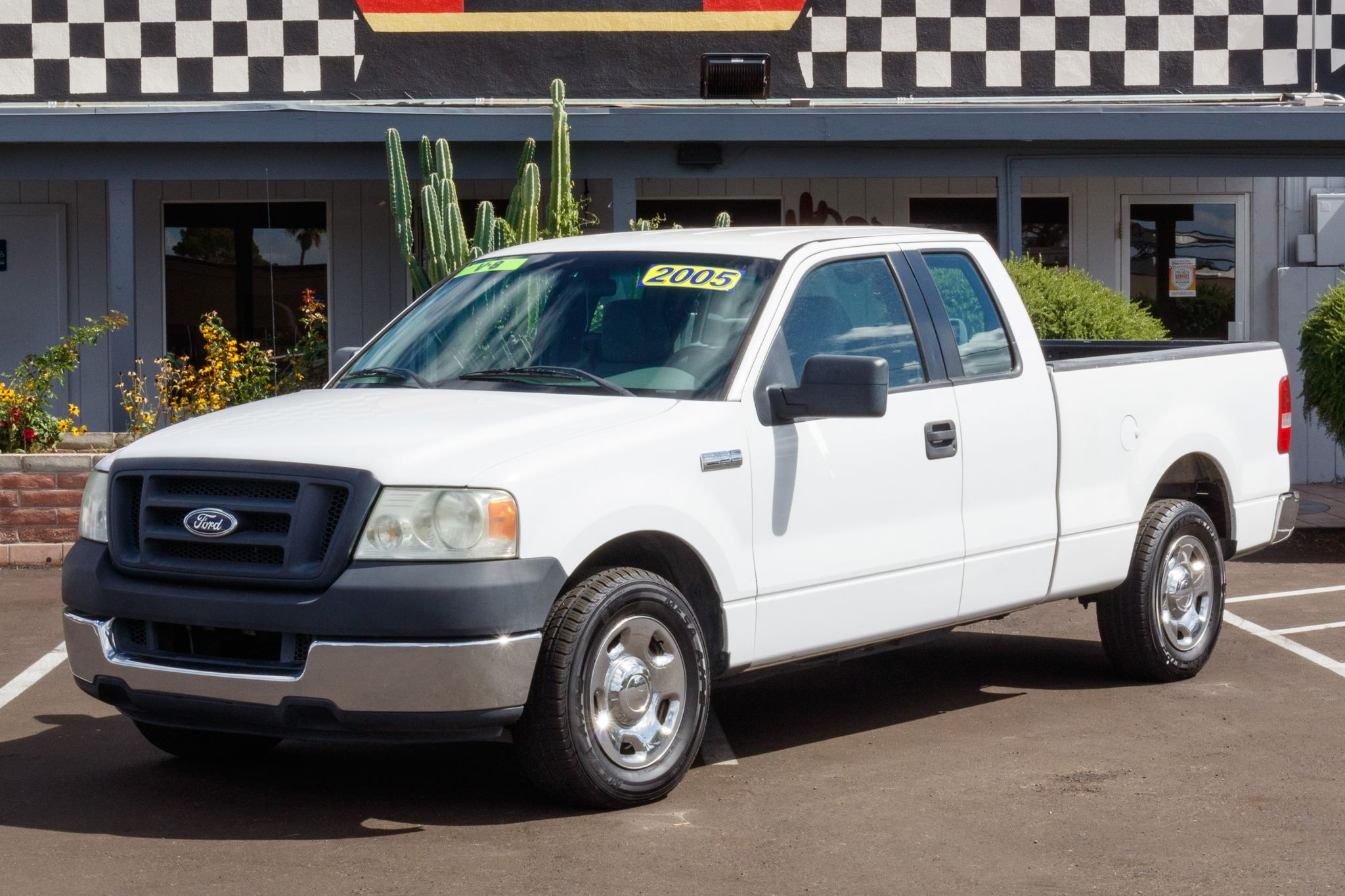 Photo of 2005 Ford F150 2WD Supercab XL
