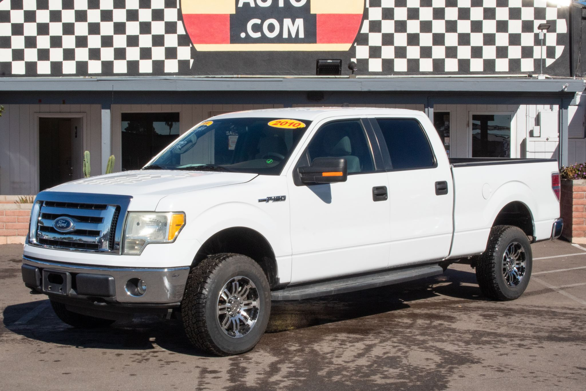 Photo of 2010 Ford F150 4WD Supercrew XLT 6 1/2