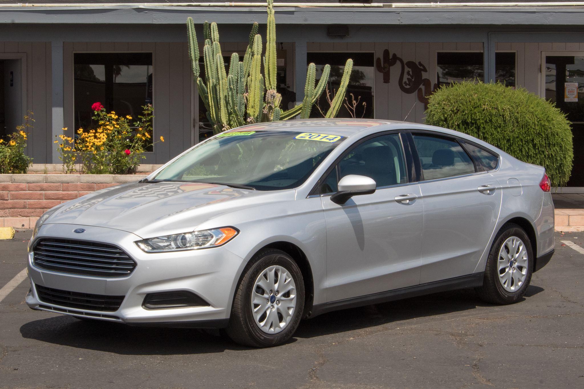 Photo of 2014 Ford Fusion 4d Sedan S