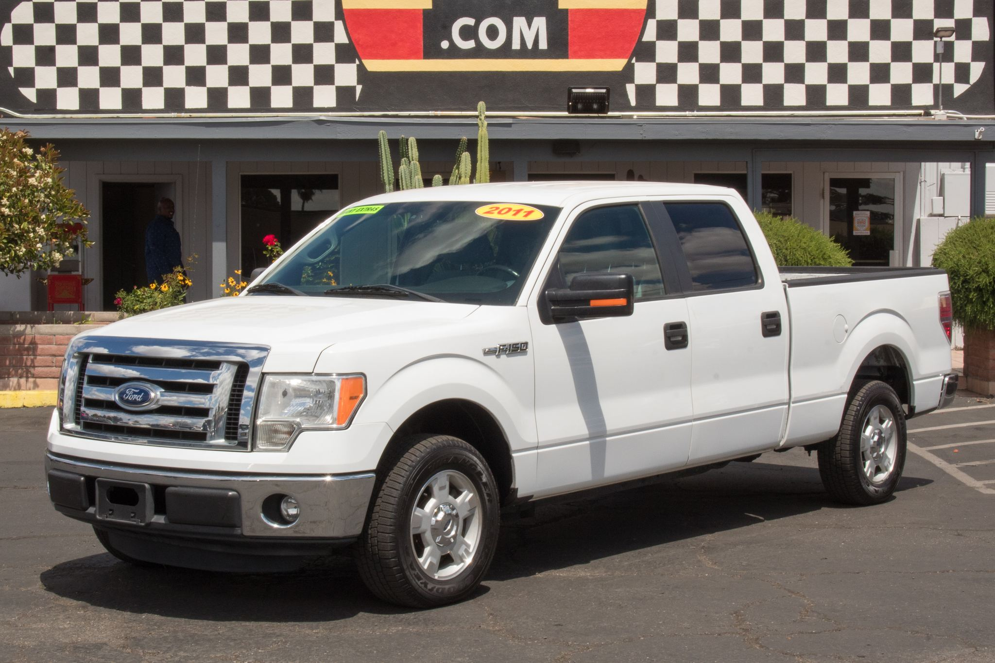 Photo of 2011 Ford F150 2WD Supercrew XLT 6 1/2