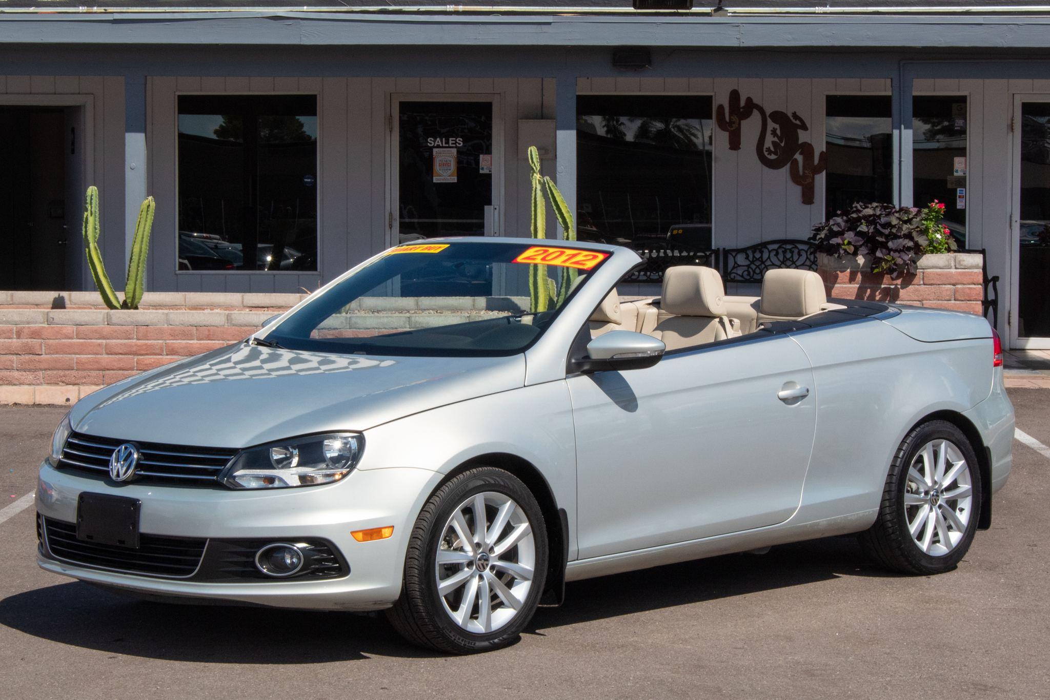 Photo of 2012 Volkswagen Eos 2d Convertible Komfort