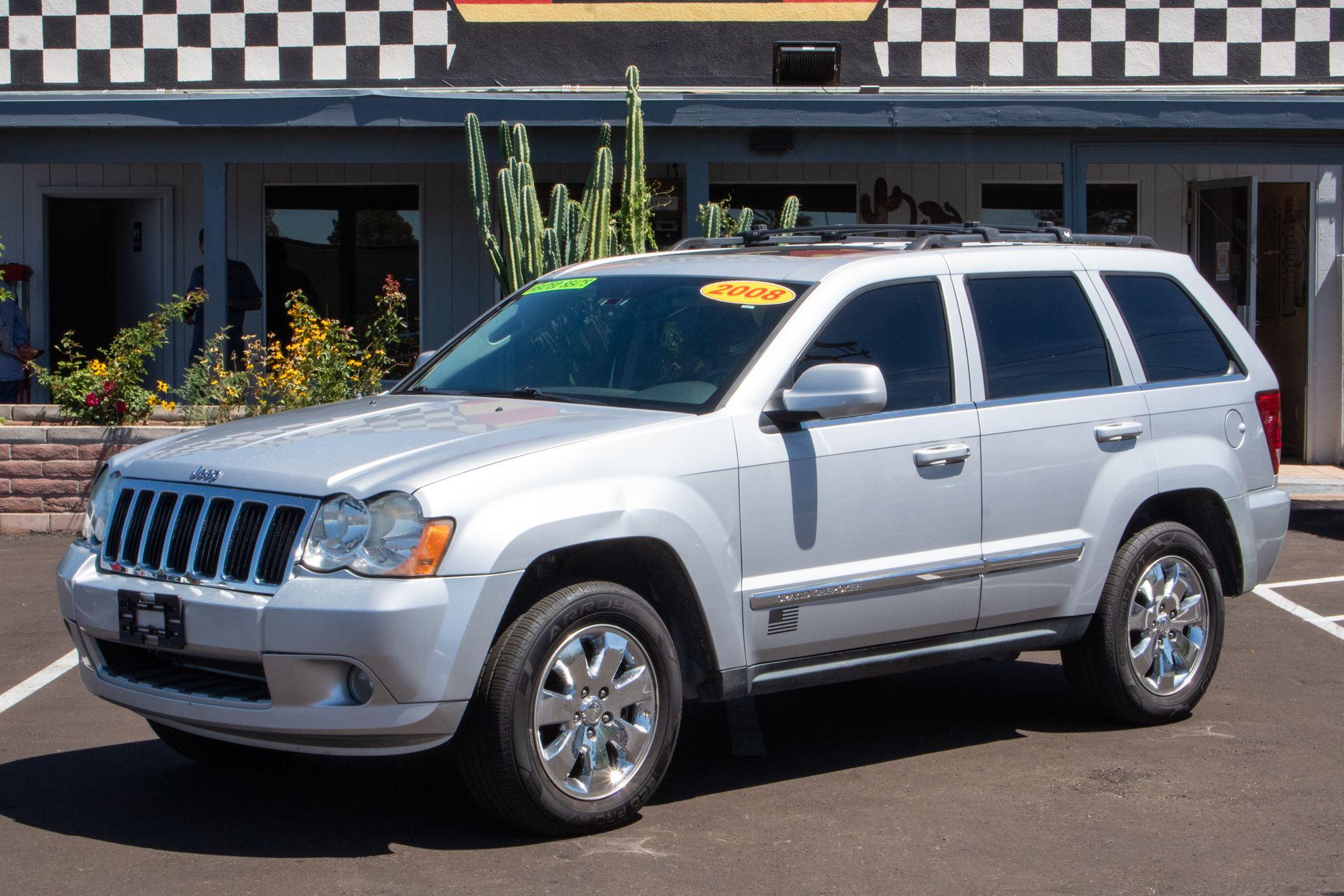 Photo of 2008 Jeep Grand Cherokee 4d SUV 2WD Limited HEMI
