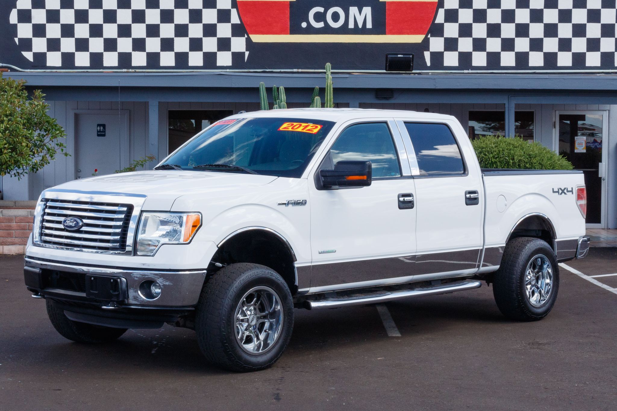 Photo of 2012 Ford F150 4WD Supercrew FX4 5 1/2