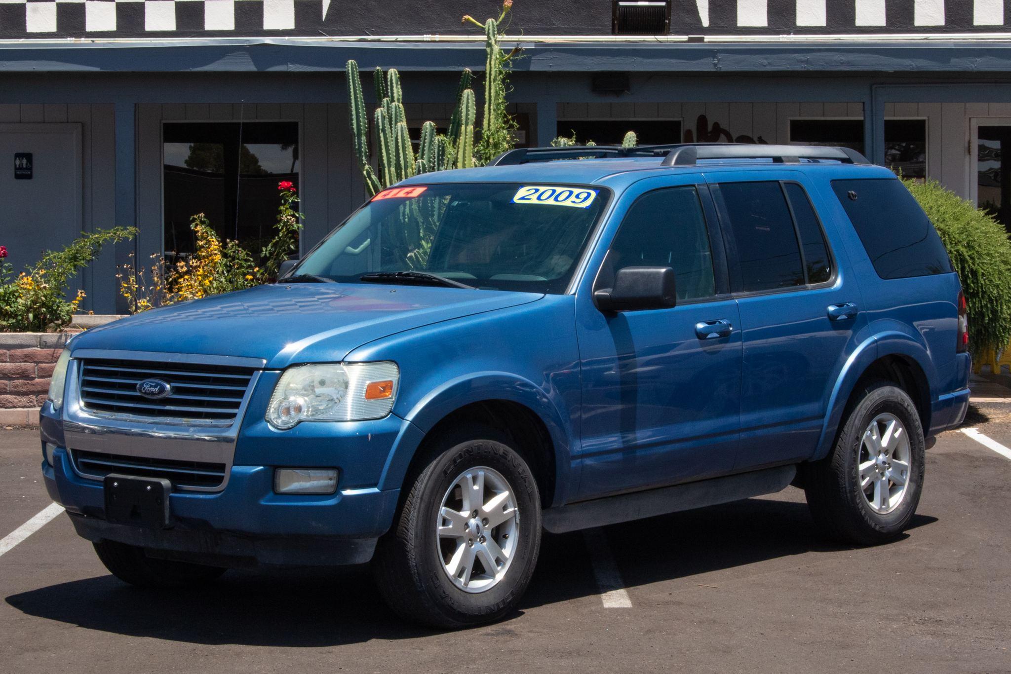 Photo of 2009 Ford Explorer 4d SUV 4WD XLT V6