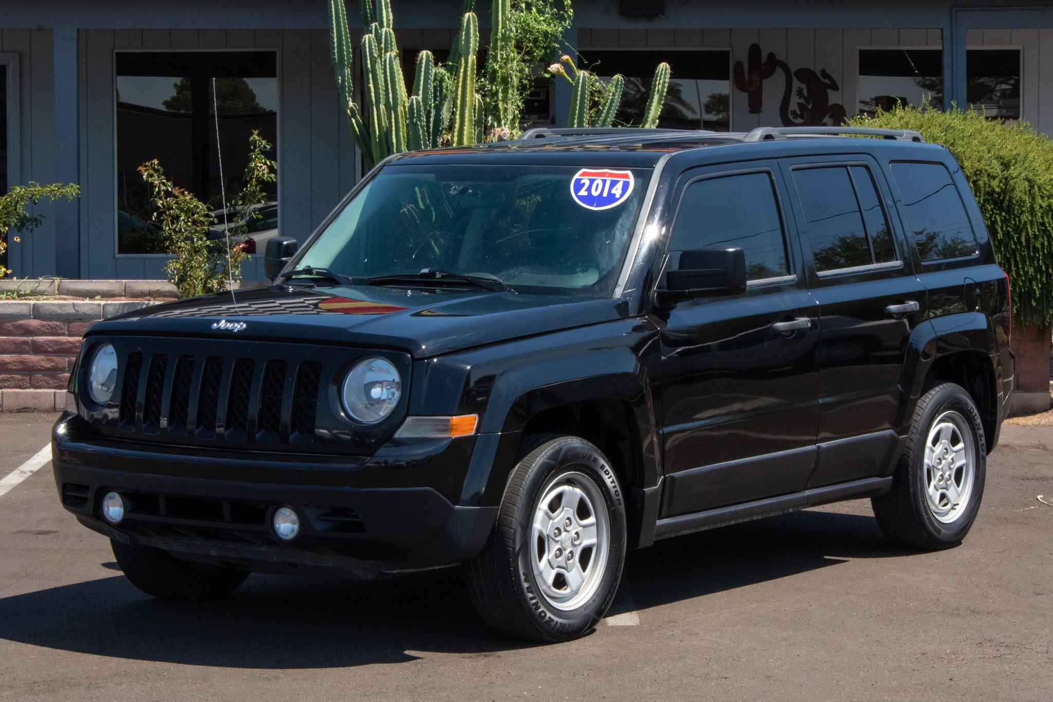 Photo of 2014 Jeep Patriot 4d SUV FWD Sport