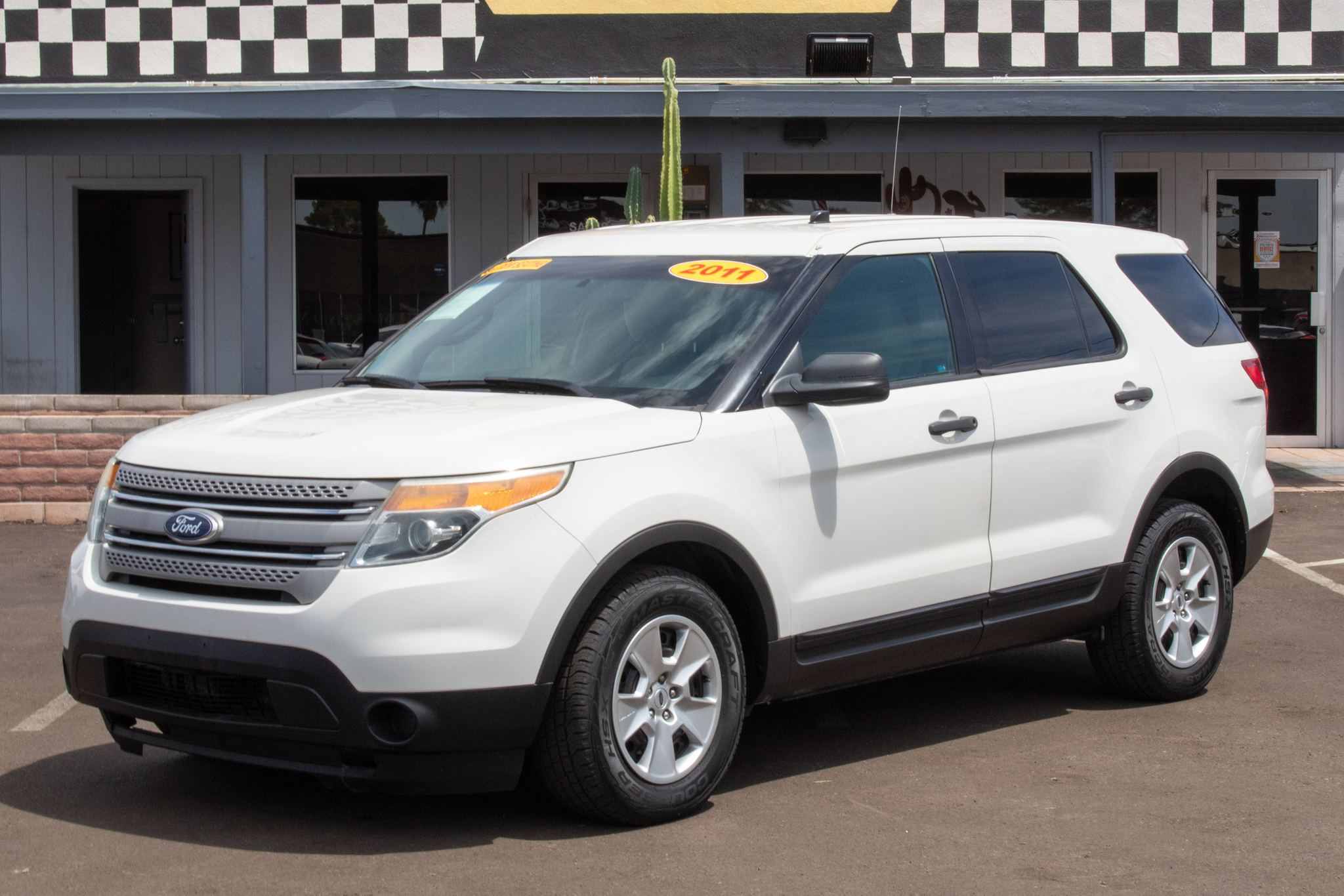 Photo of 2011 Ford Explorer 4d SUV 4WD
