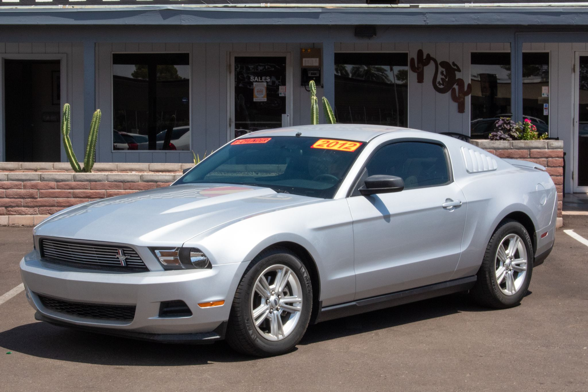 Photo of 2012 Ford Mustang 2d Coupe