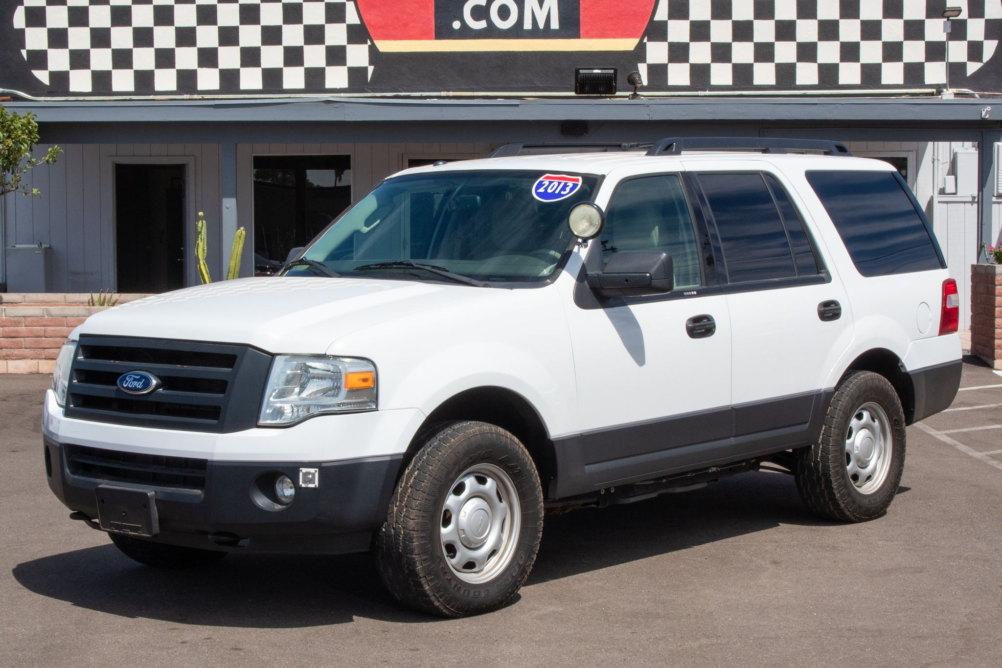 Photo of 2013 Ford Expedition 4d SUV 4WD XL