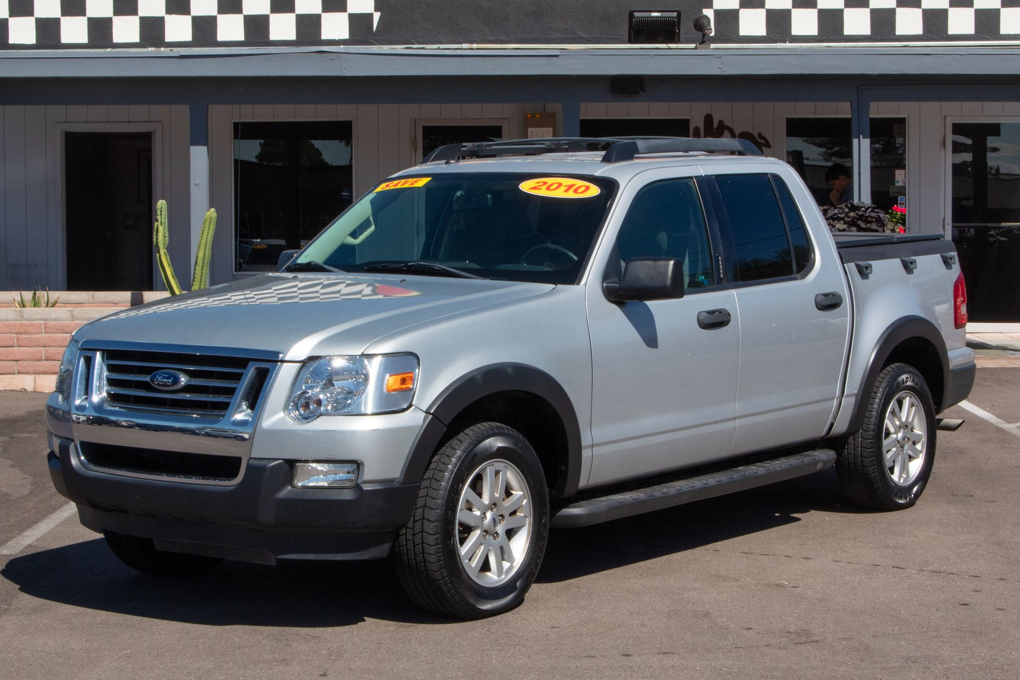 Photo of 2010 Ford Explorer Sport Trac 4d SUV 2WD XLT