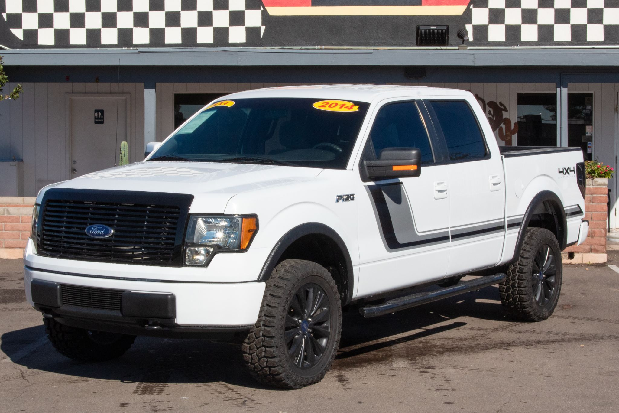 Photo of 2014 Ford F150 4WD Supercrew XL 5 1/2