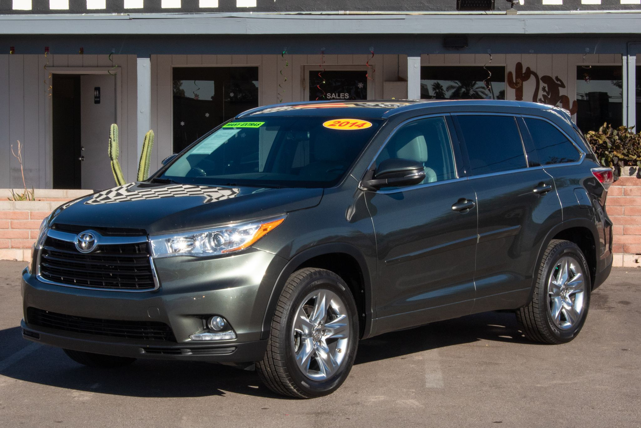Photo of 2014 Toyota Highlander 4d SUV FWD Limited