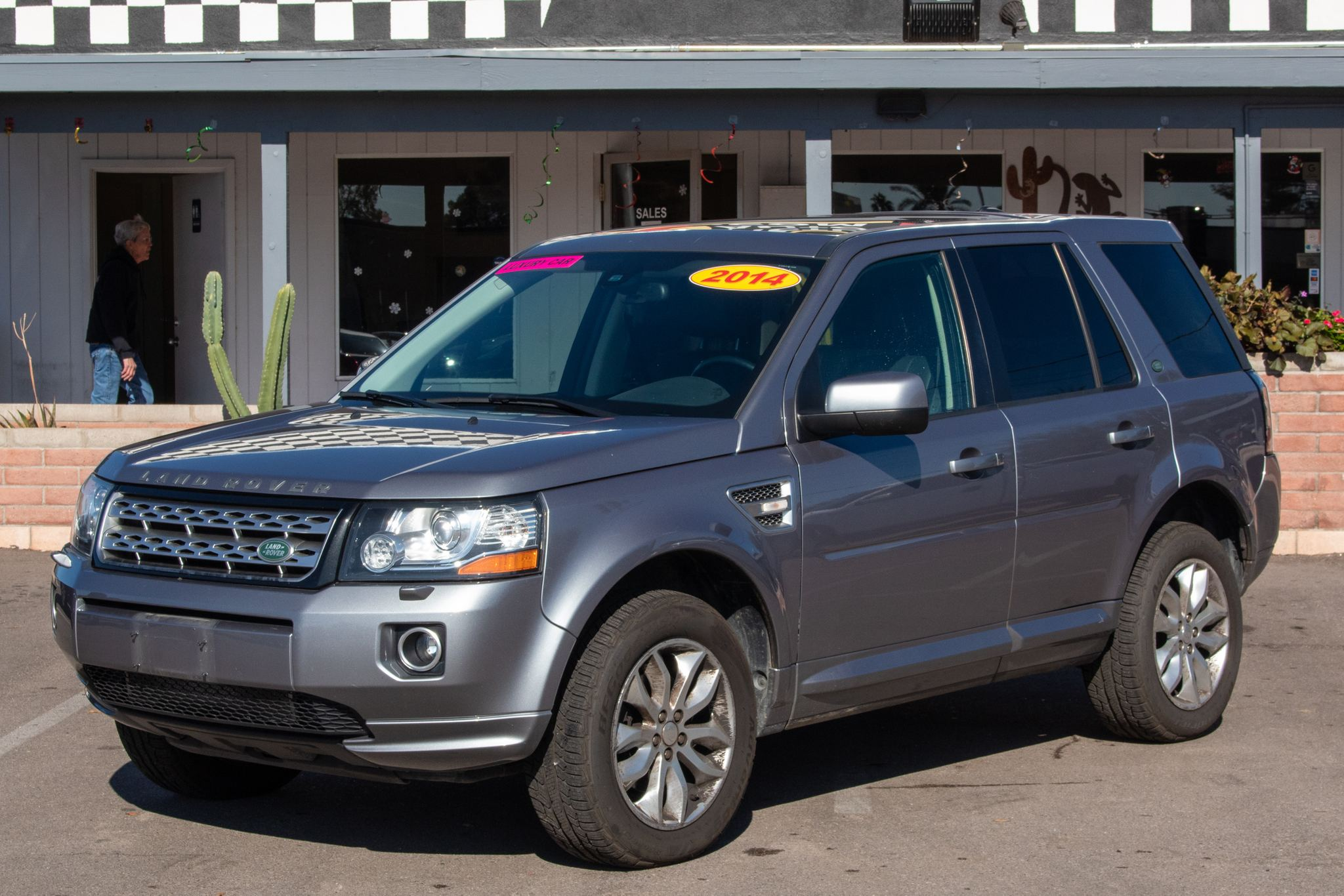 Photo of 2014 Land Rover LR2 4d SUV