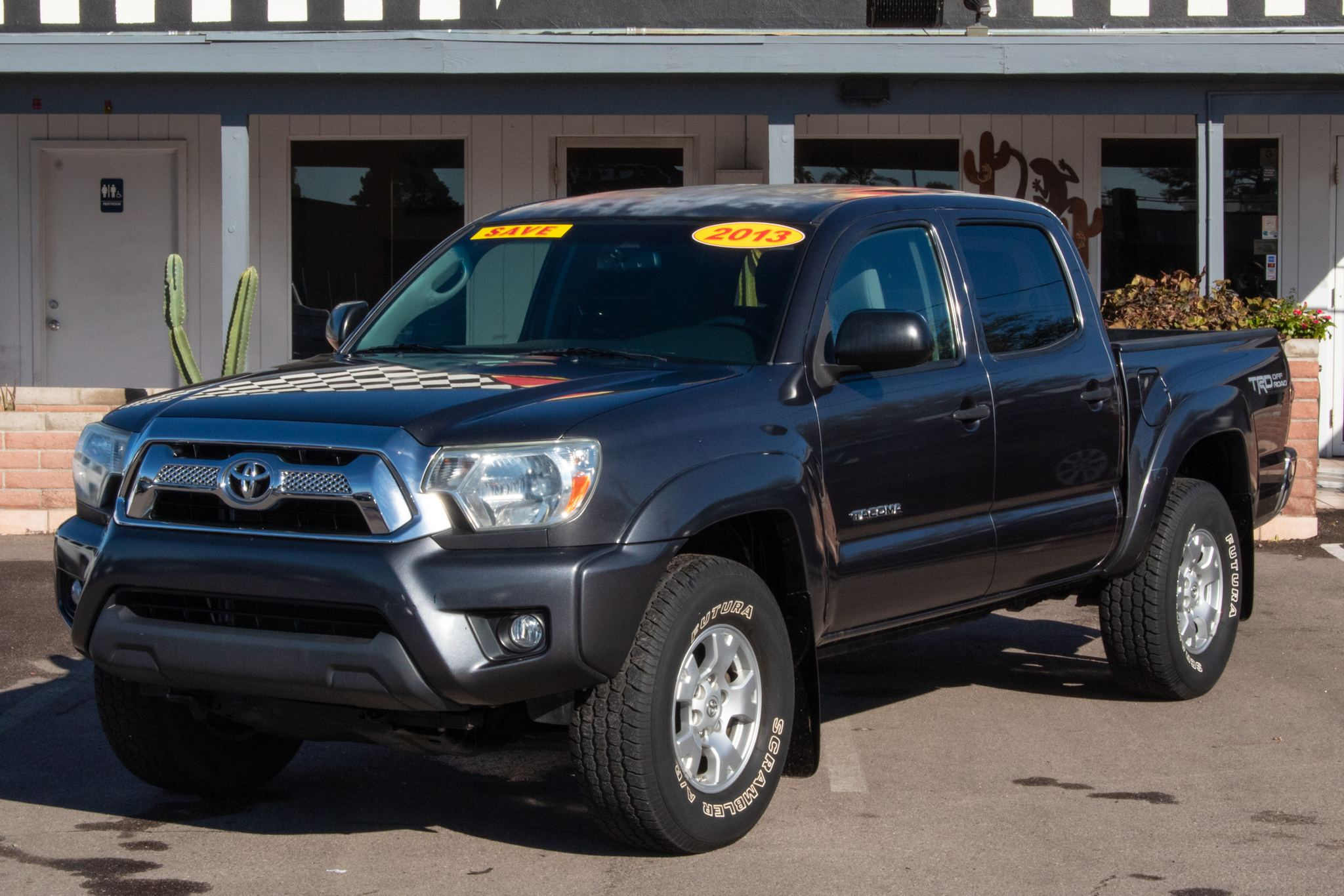 Photo of 2013 Toyota Tacoma 2WD Double Cab PreRunner V6 Short Bed