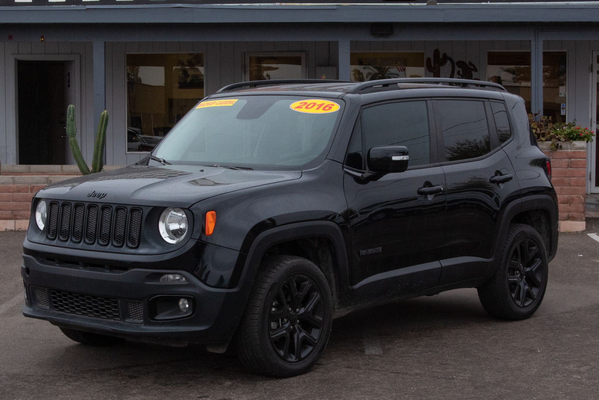 Photo of 2016 Jeep Renegade 4d SUV 4WD Latitude Justice Edition