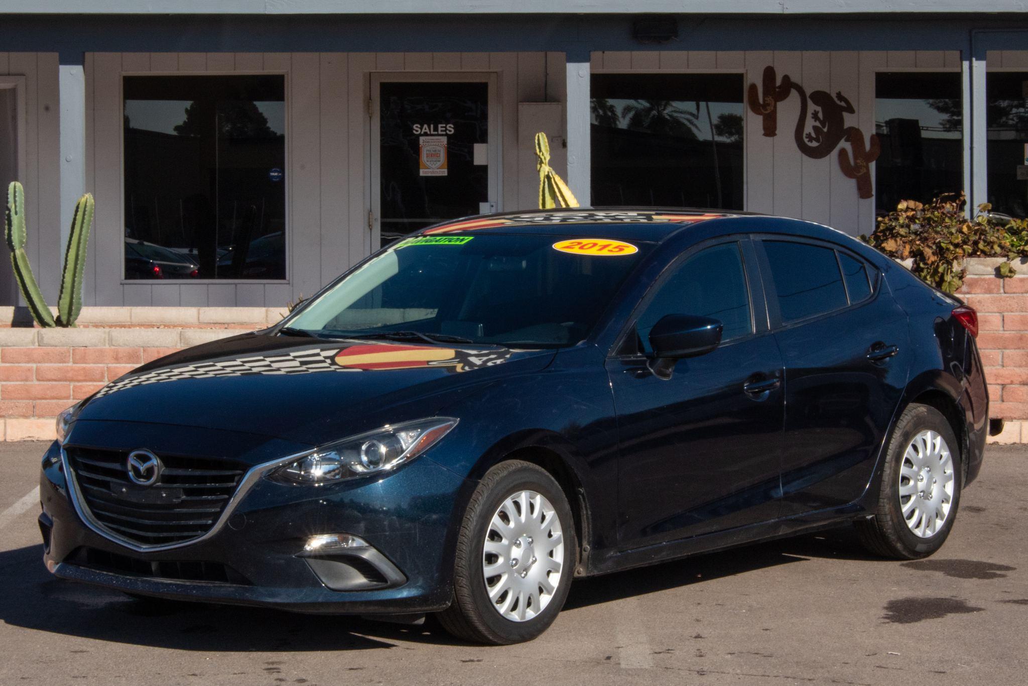 Photo of 2015 Mazda Mazda3 4d Sedan i Sport Auto