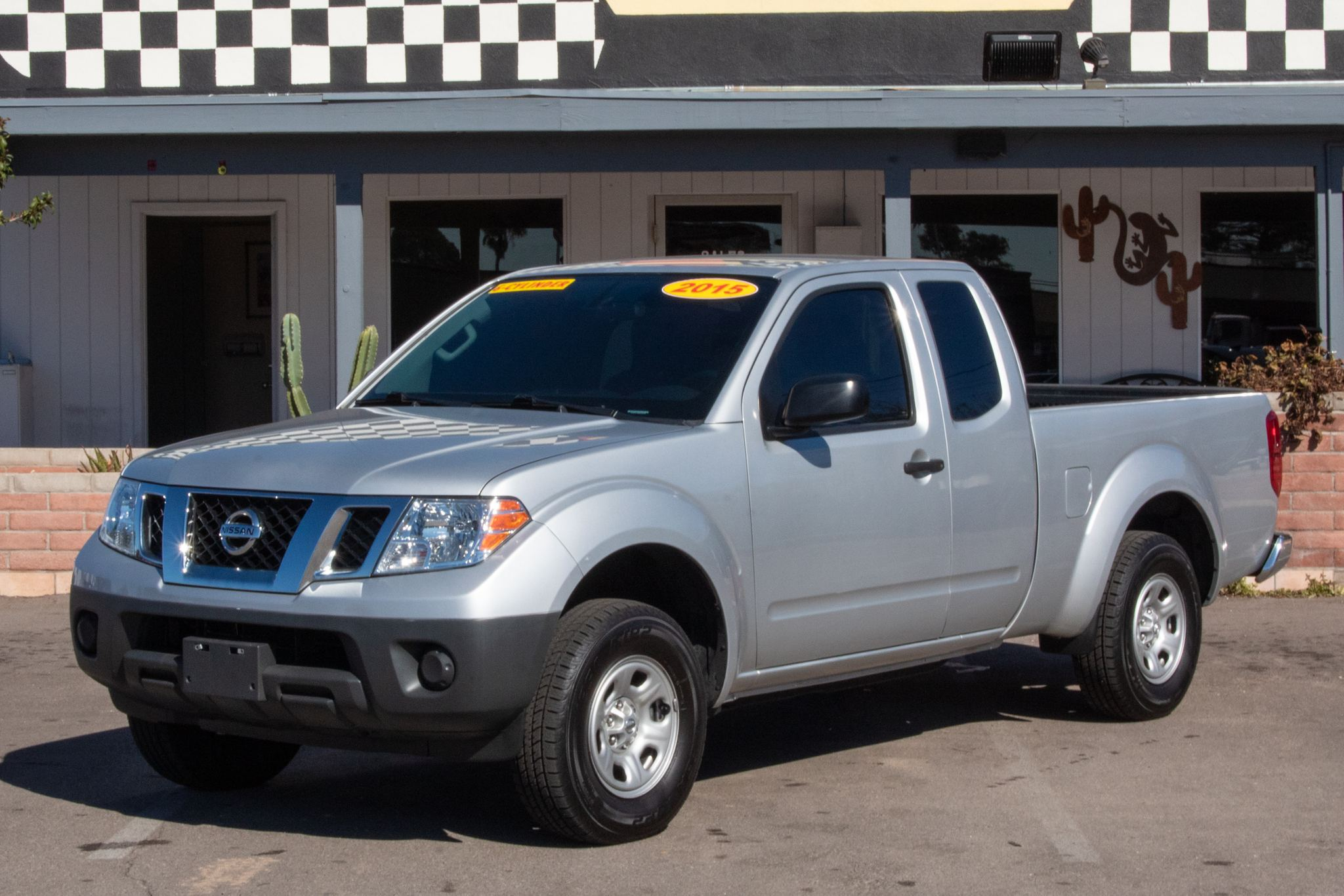 Photo of 2015 Nissan Frontier 2WD King Cab S Auto