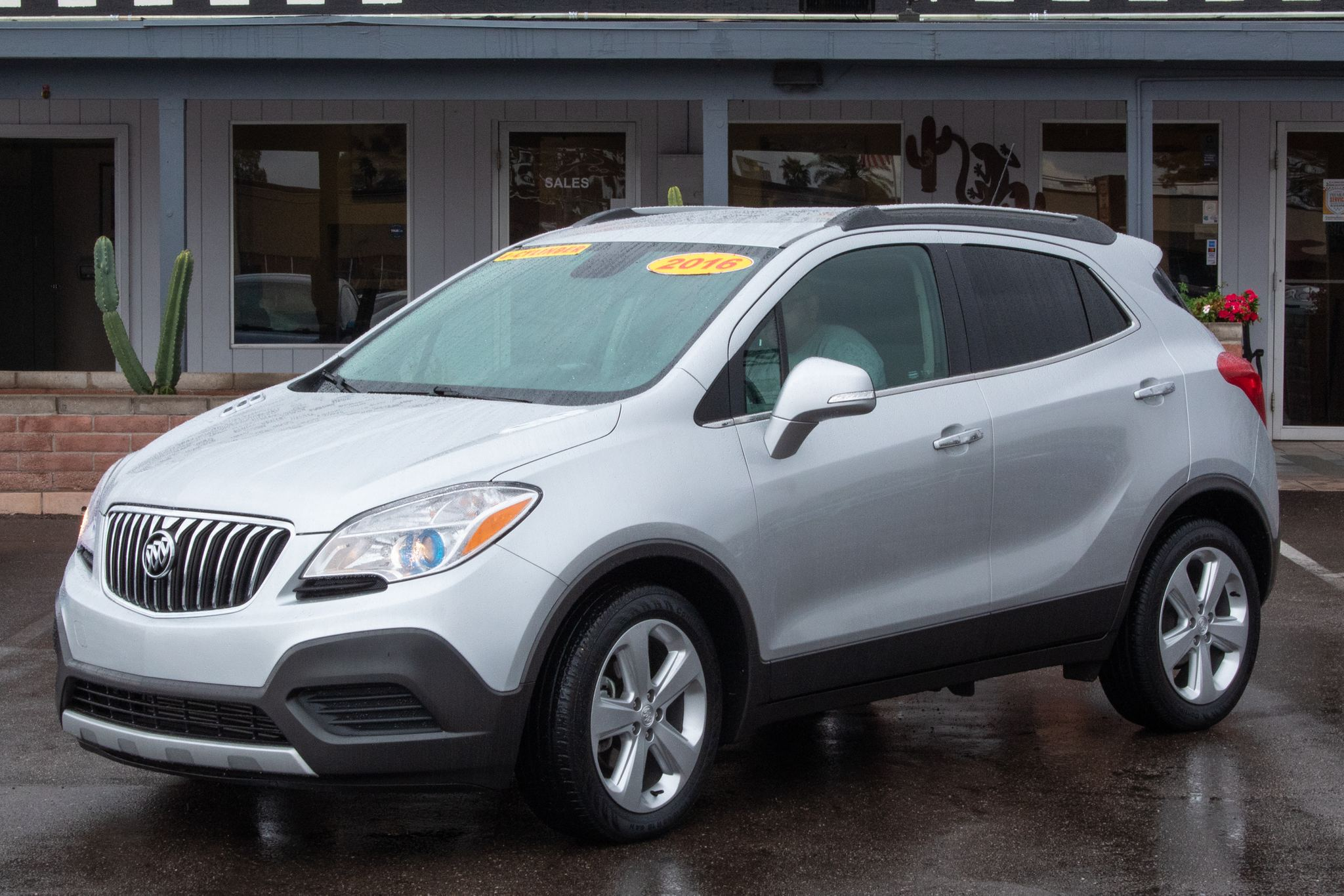 Photo of 2016 Buick Encore 4d SUV FWD
