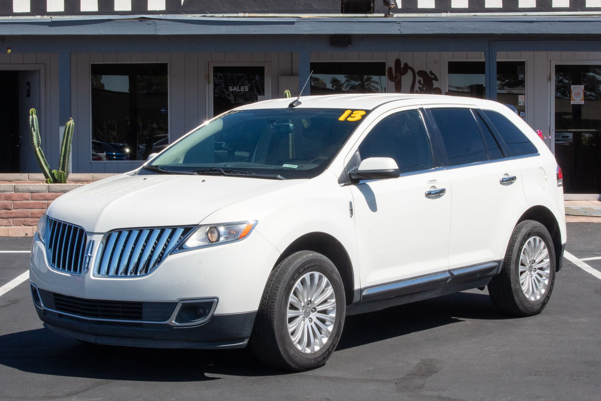 Photo of 2013 Lincoln MKX 4d SUV FWD