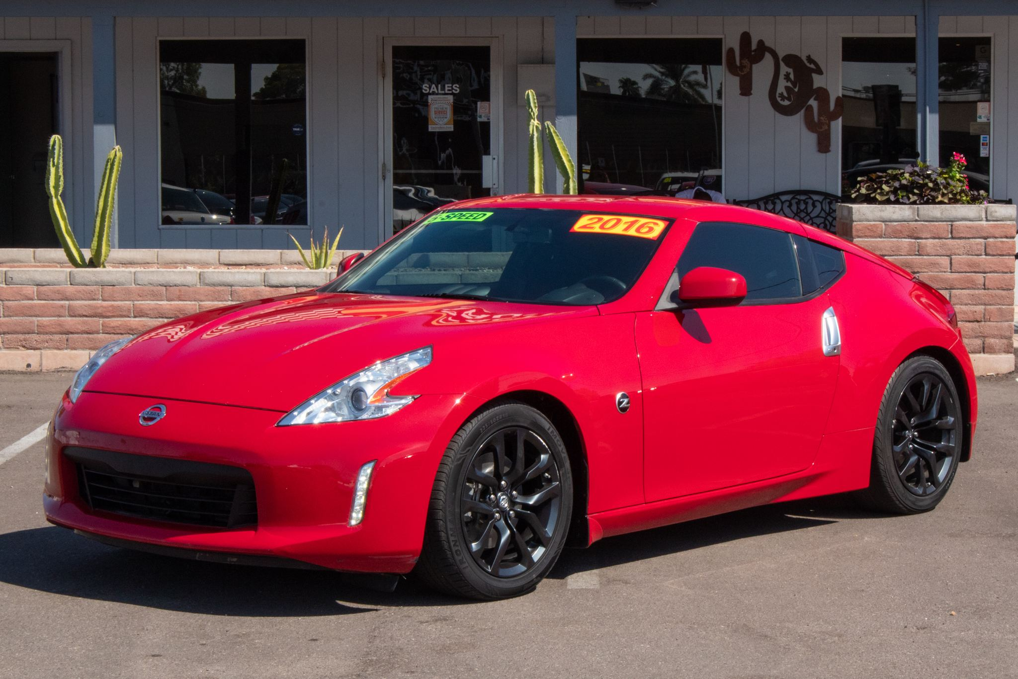 Photo of 2016 Nissan 370Z 2d Coupe 6spd