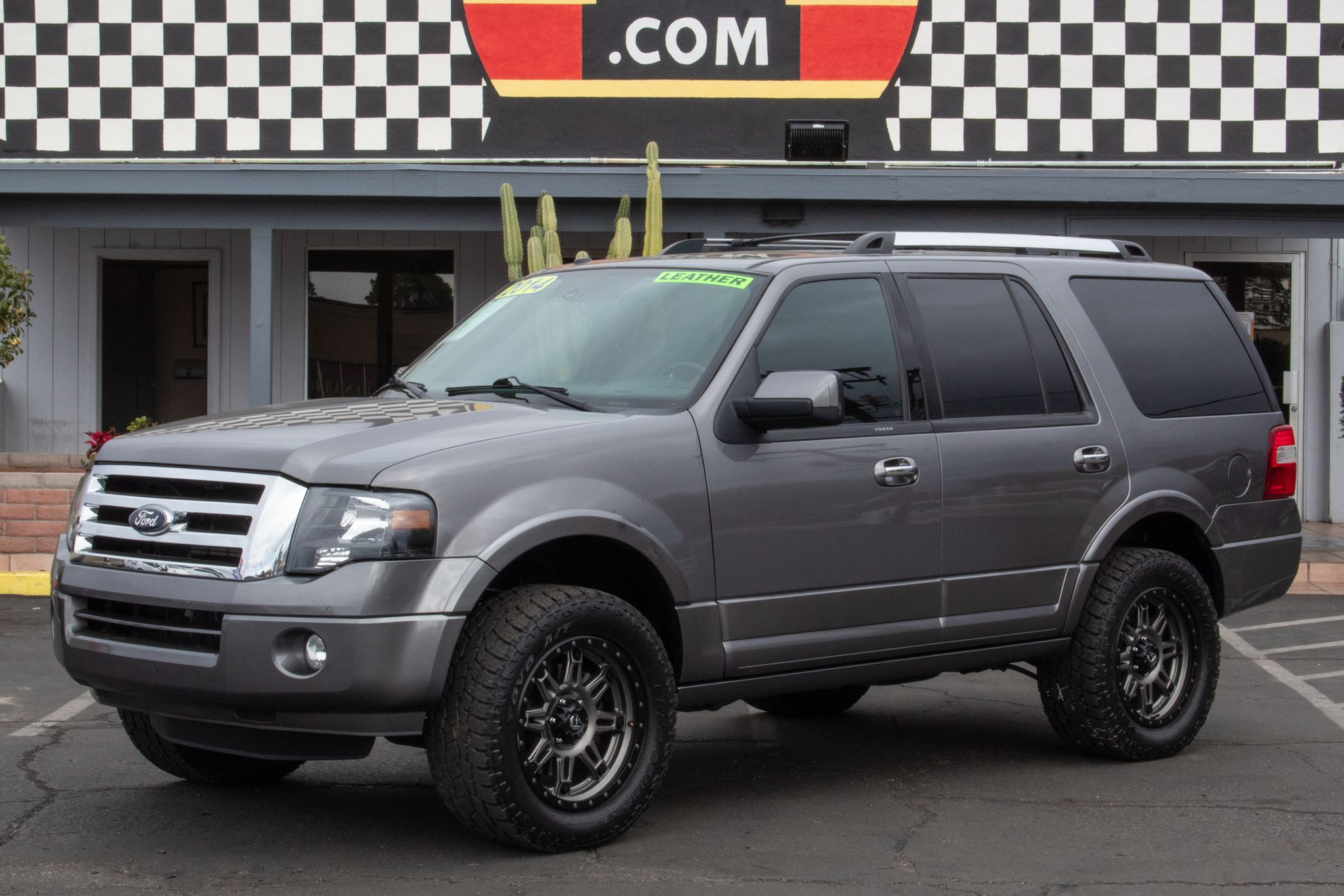 Photo of 2014 Ford Expedition 4d SUV 2WD Limited