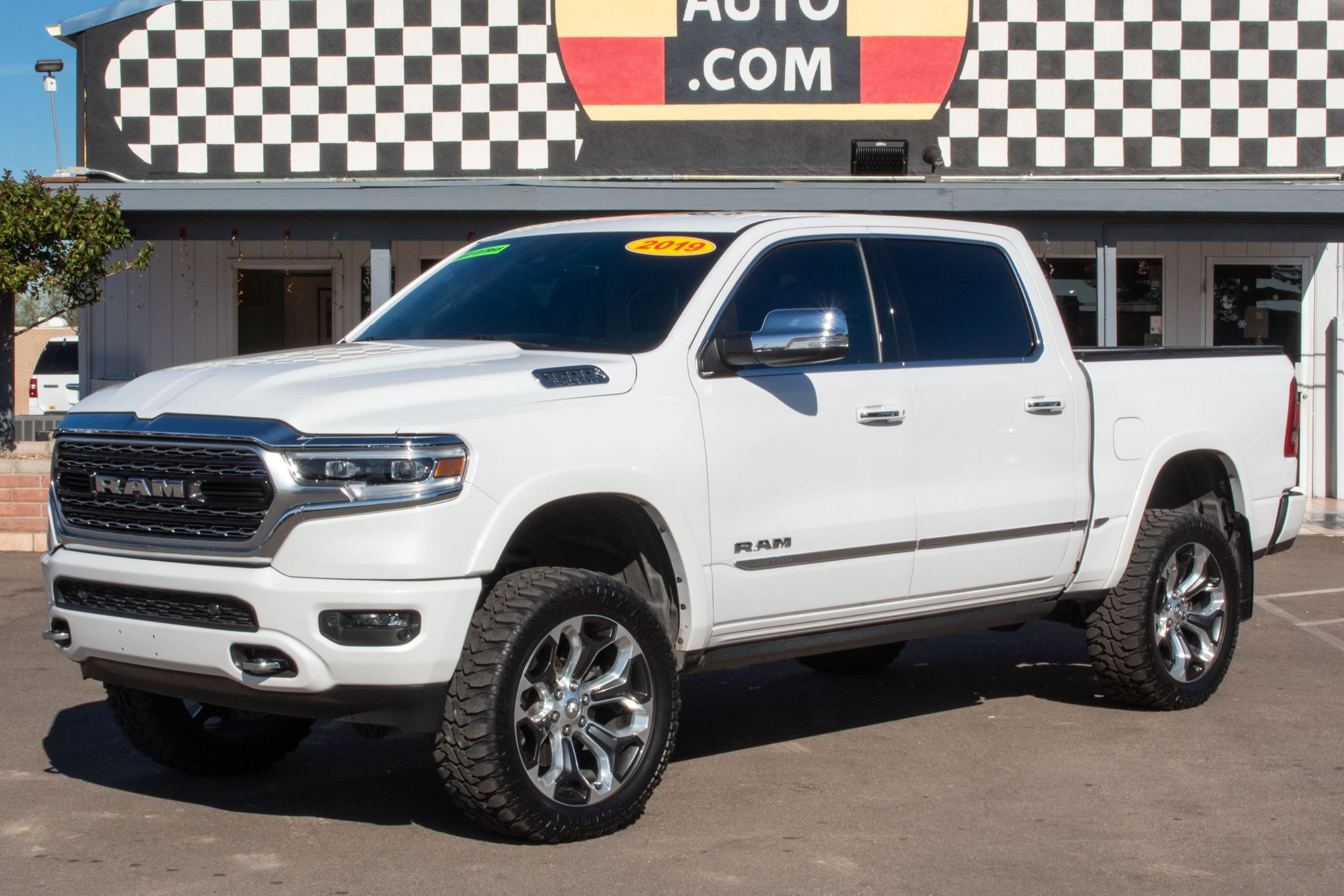 Photo of 2019 Ram 1500 4WD Crew Cab Limited